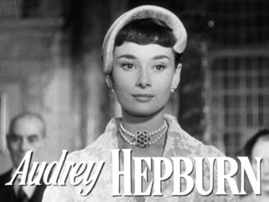 Audrey_hepburn_in_roman_holiday